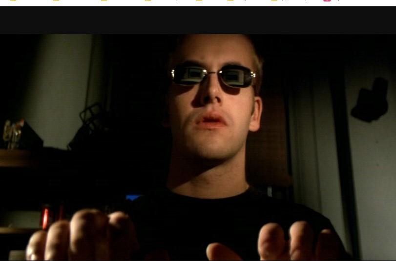 Кадр из фильма хакеры. Как посмотреть скрытый профиль ВК